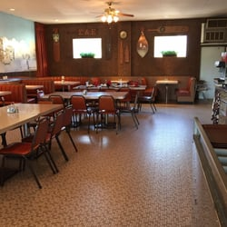 photo of brunou0027s pizza u0026 restaurant kalamazoo mi united states dining room