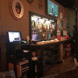 Dining In Cuyahoga Falls Craft Beer Bar
