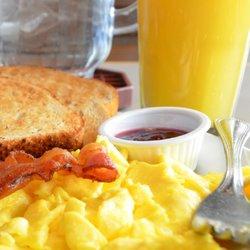 Photo Of Egg Harbor Café Lake Geneva Wi United States