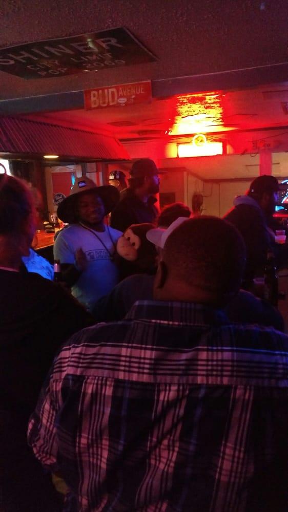 Campus Pub: 903 Gunnerson Ave, Murfreesboro, TN