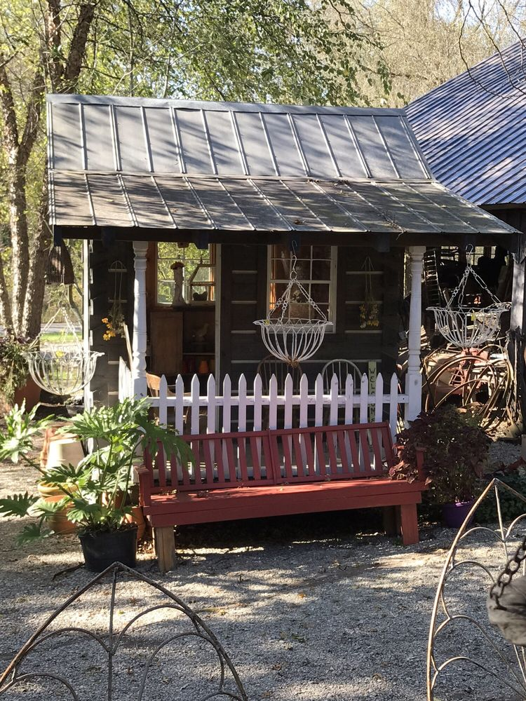 Flower & Herb Barn Nursery: 5171 Bean Blossom Rd, Nashville, IN