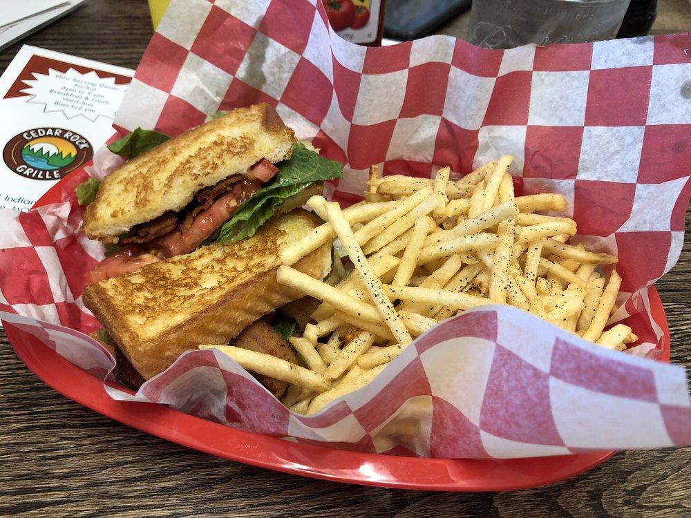Cedar Rock Grille: 2820 Indian Point Rd, Branson, MO