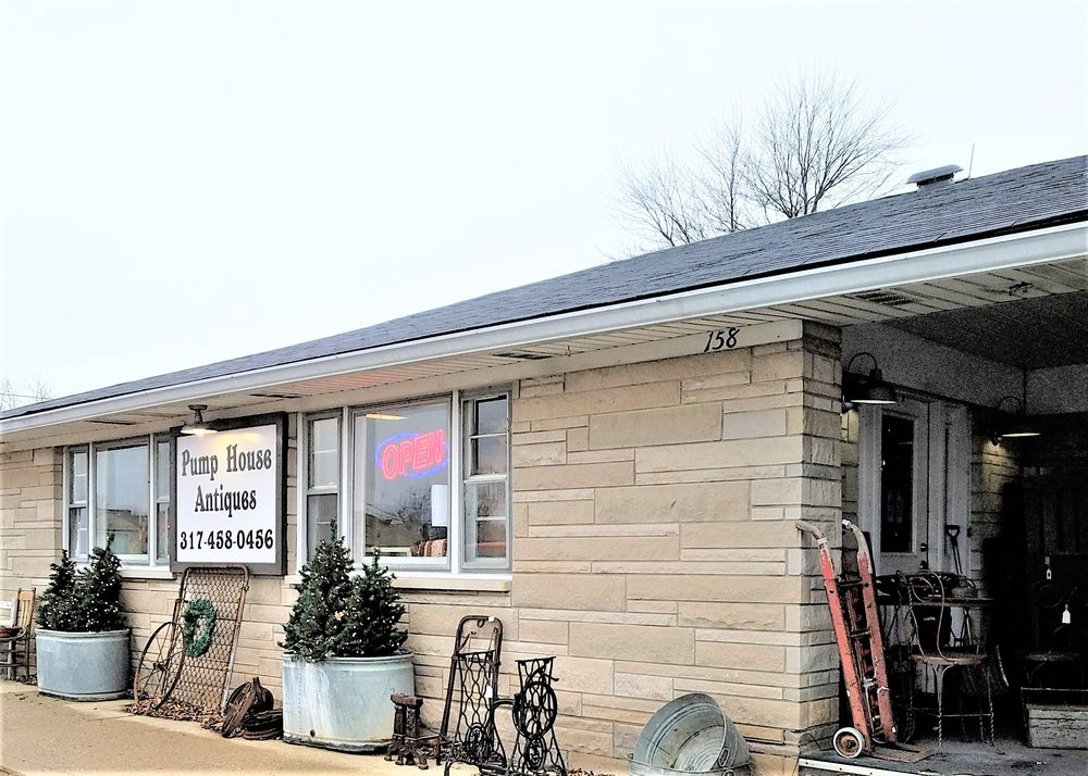 Pump House Antiques: 158 N Main St, Bargersville, IN