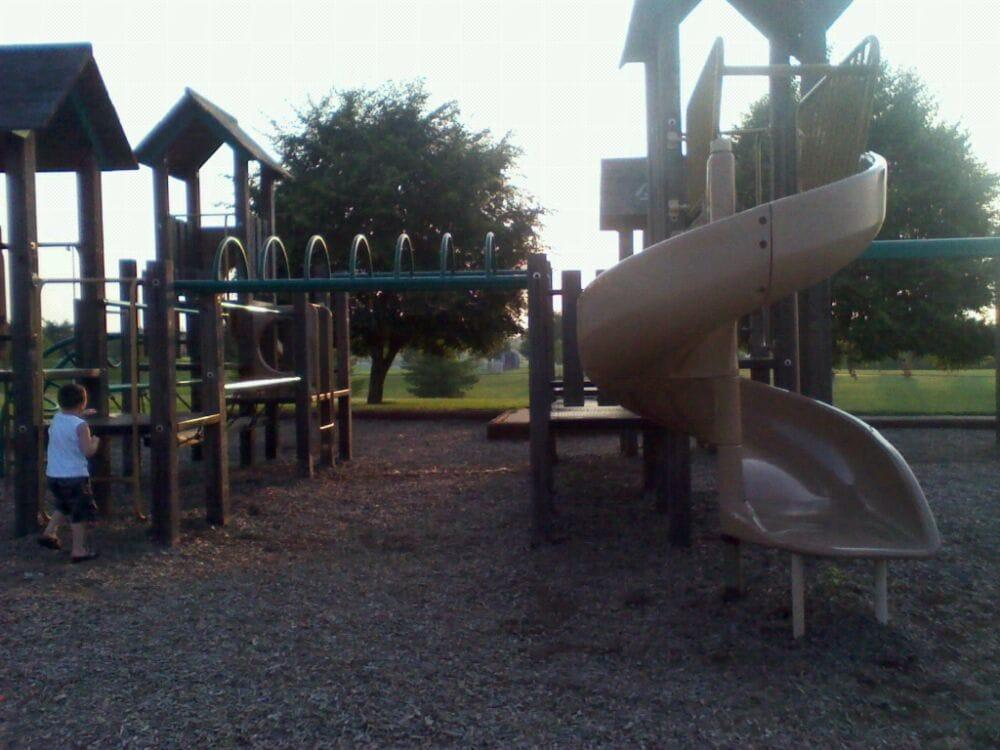 Easy Walker Park: 2100 Old Owingsville Rd, Mount Sterling, KY