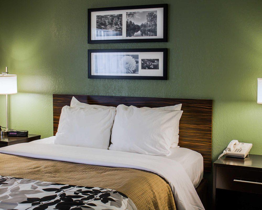 Sleep Inn: 453 Theatre Dr, Johnstown, PA