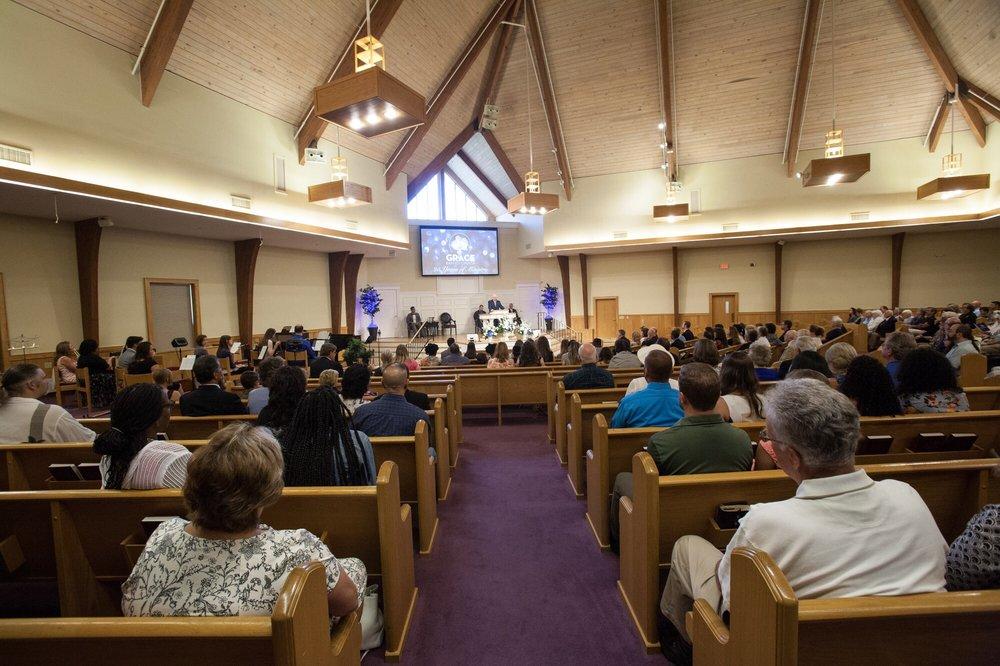 Grace Baptist Church: 256 N Rd, Groton, CT
