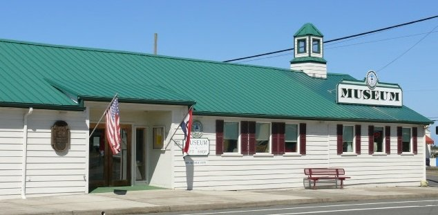 Bandon Historical Society Museum: 270 Fillmore Ave SE, Bandon, OR