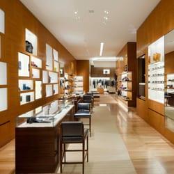 8565a5547260 Louis Vuitton Manhasset - 11 Photos   48 Reviews - Leather Goods ...