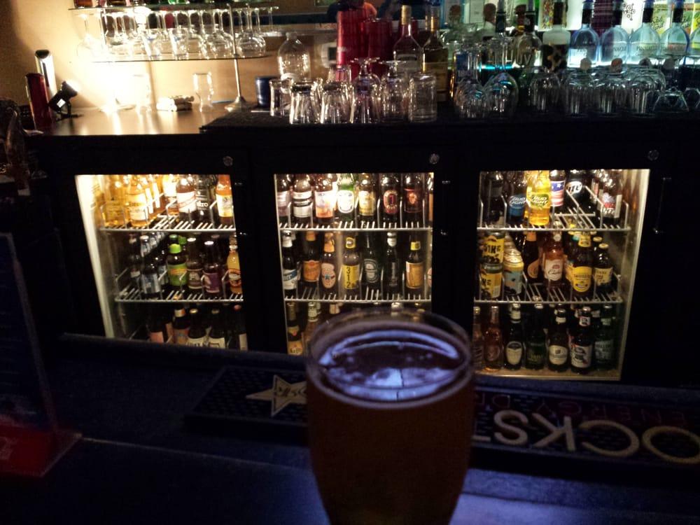 Sol Blu Lounge & Taproom: 212 E Ludington St, Iron Mountain, MI