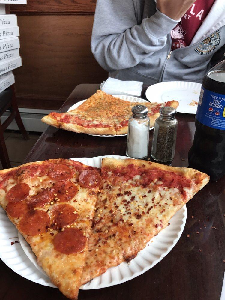 Carmine's Pizzeria & Restaurant: 75 Main St, Netcong, NJ