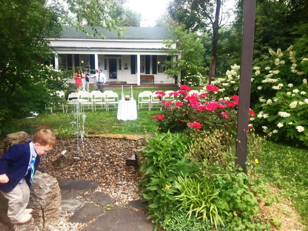 Thomas Jefferson Unitarian Church: 4936 Brownsboro Rd, Louisville, KY