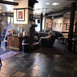 photo of cafe louvre edmonds wa united states