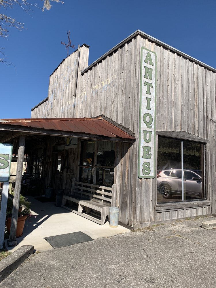 Manatee Antiques: 121 S Main St, Chiefland, FL