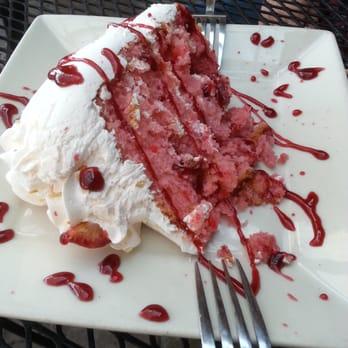 Acropolis Strawberry Cake