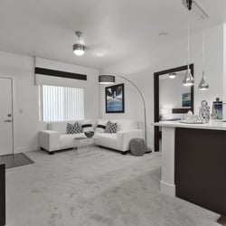 Dream Apartments 91 Photos 51 Reviews 1005 Wigwam Pkwy Henderson Nv Phone Number Yelp