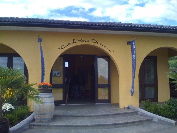 Ruby tuesday winery chiuso aziende vinicole 917 for Affitti di cabina okanagan bc
