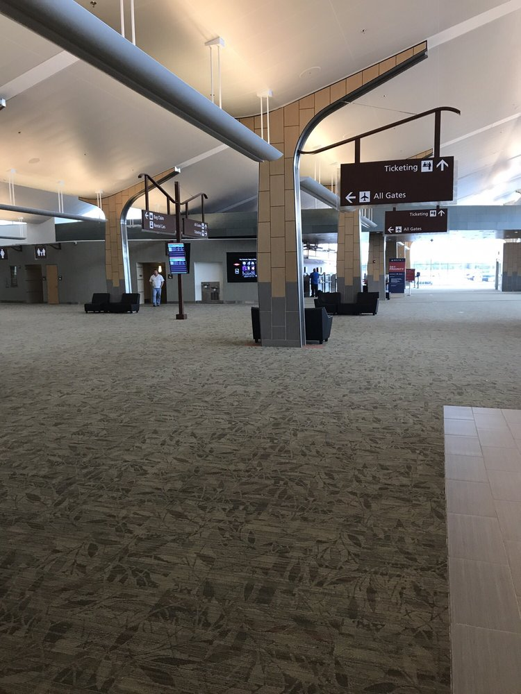 MBS International Airport: 8500 Garfield Rd, Freeland, MI