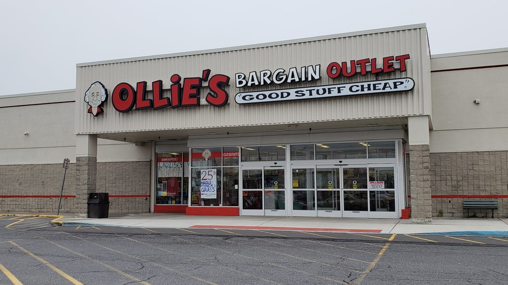 Ollie's Bargain Outlet: 3236 PA-940, Mount Pocono, PA