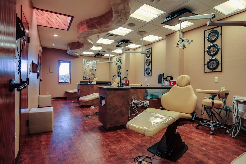 Wavel Wells, DDS: 4417 W Gore Blvd, Lawton, OK