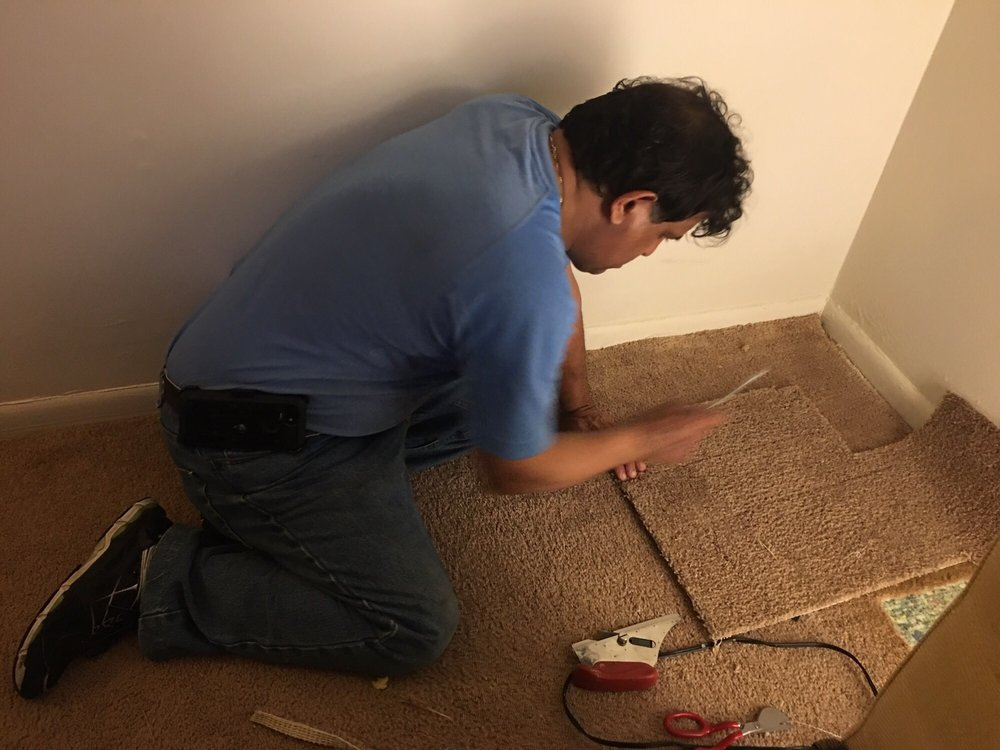 Carpet Repair: 21140 Stonecrop Pl, Ashburn, VA
