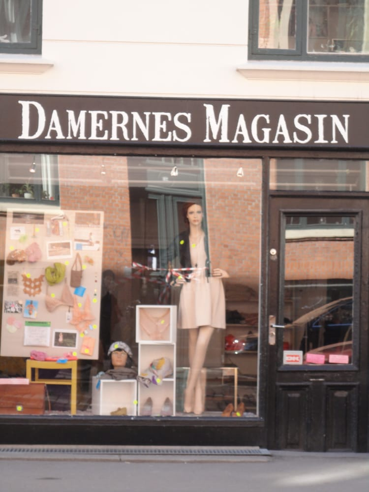 damernes magasin women 39 s clothing j gersborggade 29 n rrebro k benhavn n denmark phone. Black Bedroom Furniture Sets. Home Design Ideas
