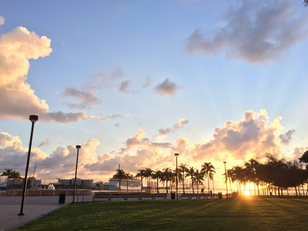 Bayfront Park: 301 N Biscayne Blvd, Miami, FL