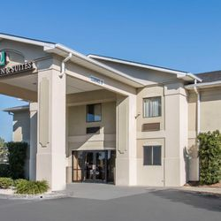 Photo Of Quality Inn Suites Savannah North Port Wentworth Ga United States