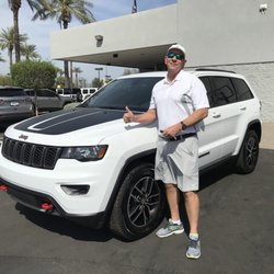Larry Miller Jeep >> Larry H Miller Chrysler Jeep Avondale 26 Photos 132 Reviews