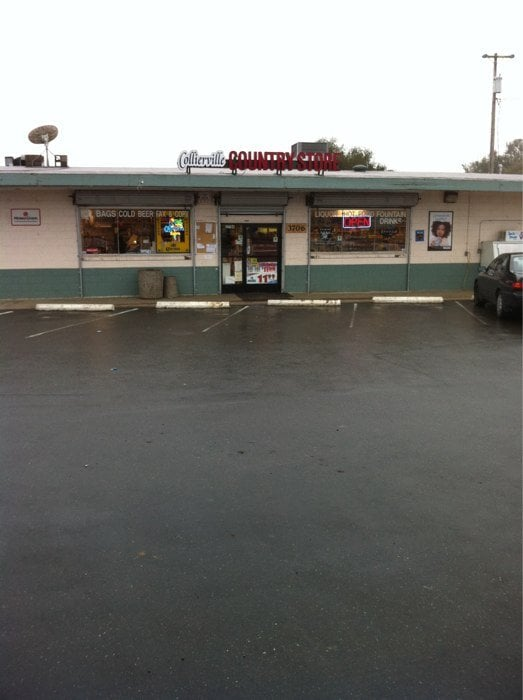 Collierville Country Store: 3706 E Collier Rd, Acampo, CA