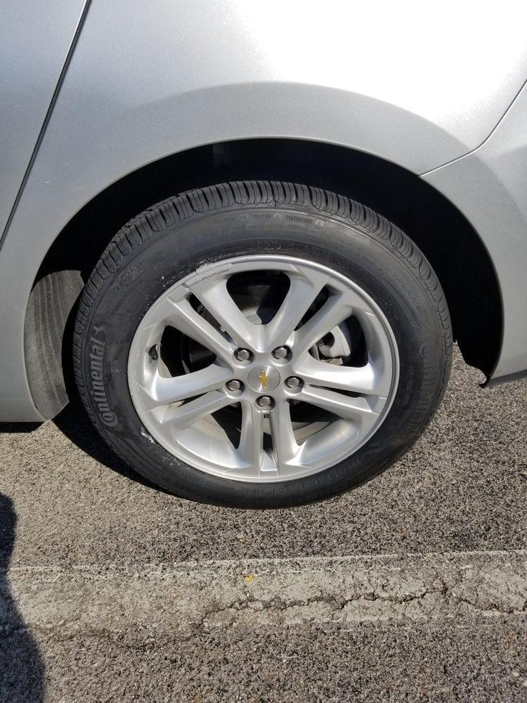 Discount Tire Tulsa >> Discount Tire 26 Reviews Wheel Rim Repair 7792 S
