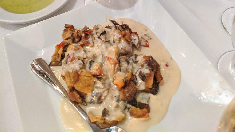 Aversano's Restaurant & Pizza: 1620 Rt 22, Brewster, NY