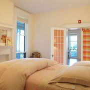 The Leasing Team Photo Of Woodard Properties Charlottesville Va United States Comyn Hall Bedroom