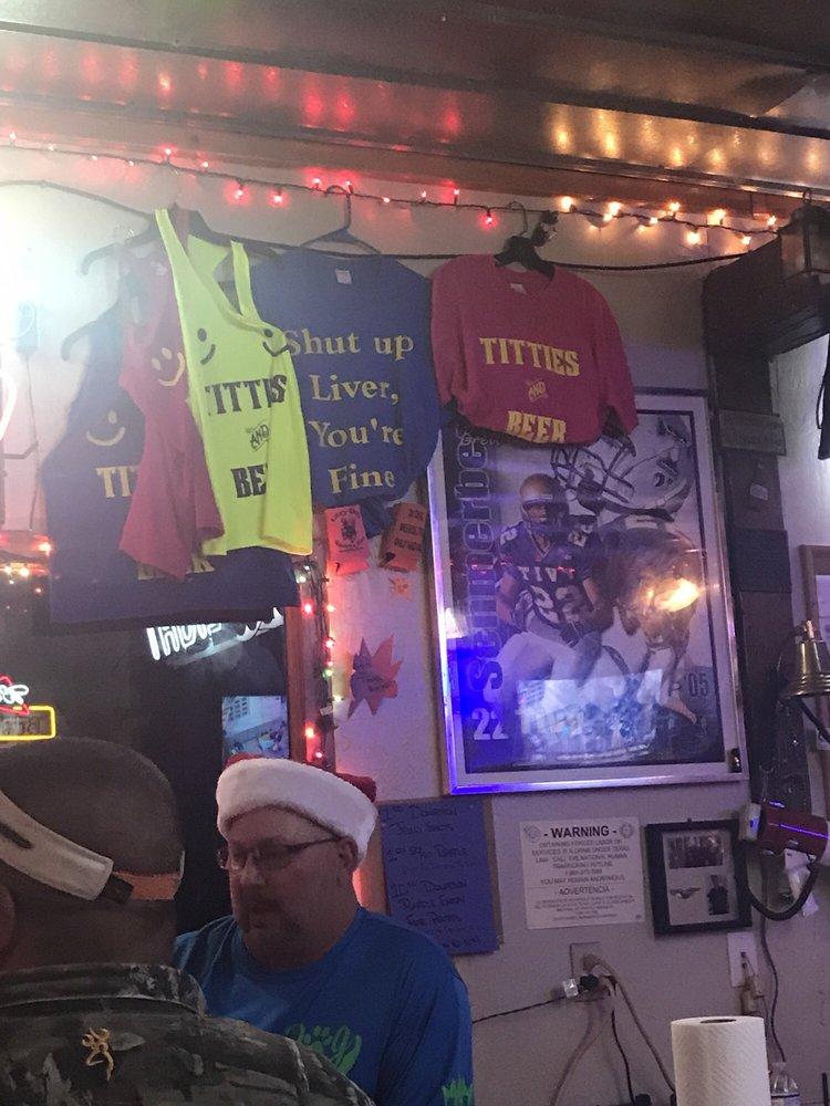 Lazy Dog Sports Bar: 3804 Riverside Dr, Kerrville, TX