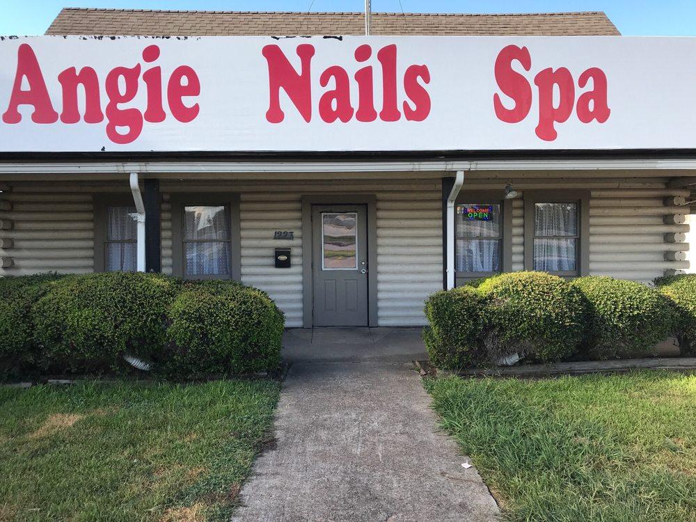 Angie's Nail Spa: 1223 TX-332, Clute, TX
