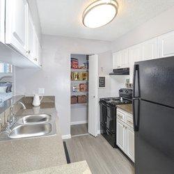 30 West Apartments 32 Photos Apartments 2835 50th Avenue West