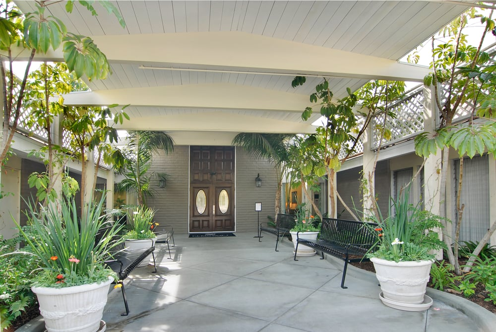 Elmcroft of La Mesa - 34 Photos & 14 Reviews - Retirement Homes ...