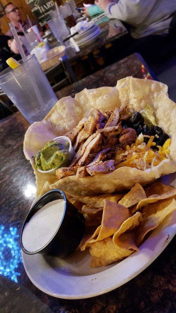 Zebs Restaurant & Bar: 3431 Mountain View Blvd, Angel Fire, NM