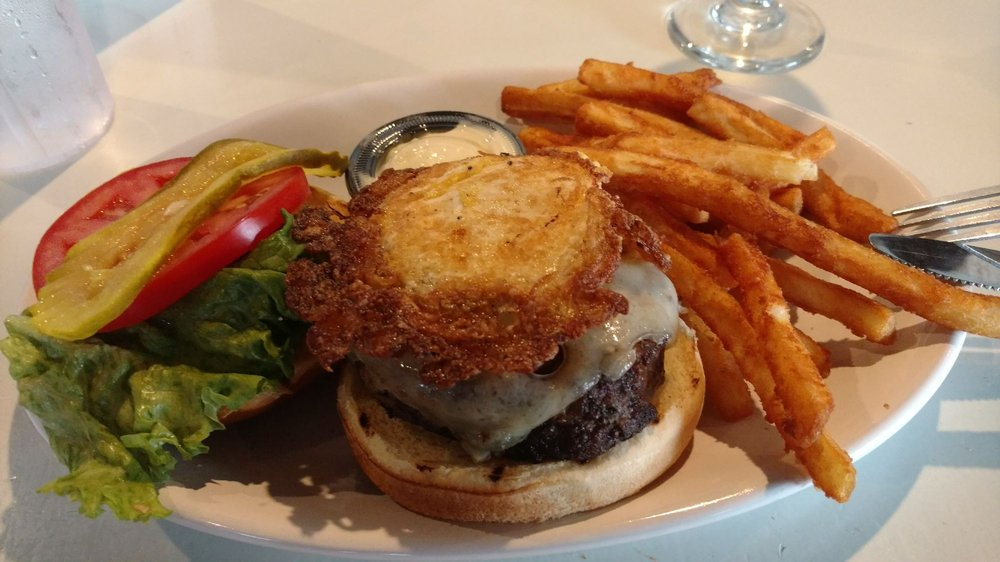 Kingfishers Seafood Bar & Grill: 14442 Solomons Island Rd S, Solomons, MD