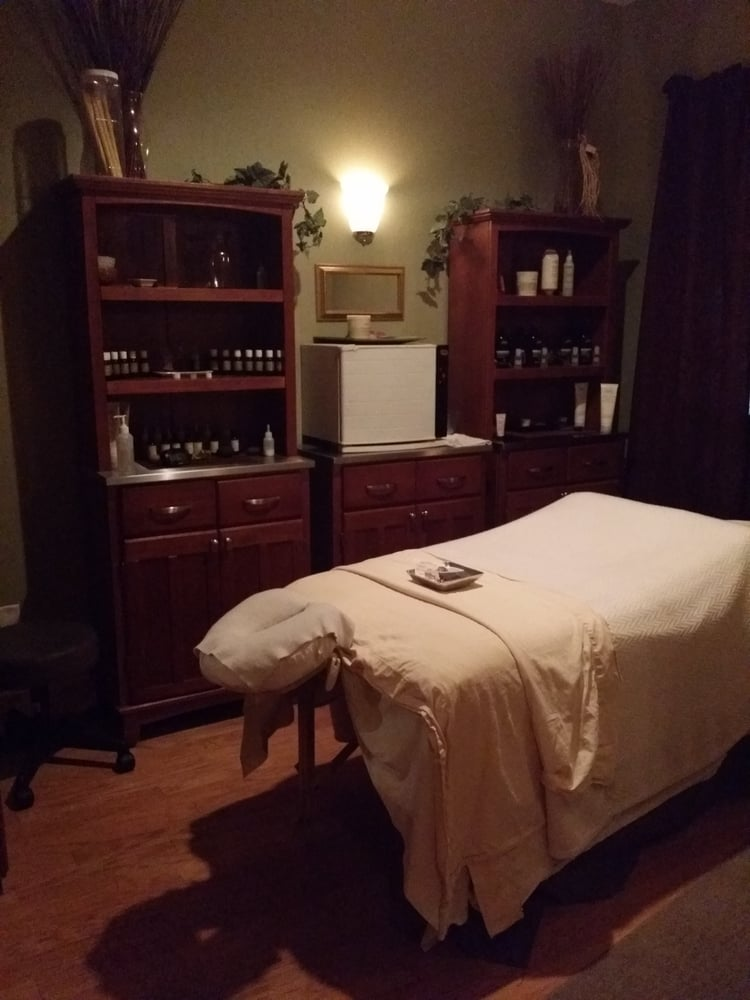 adevia spasalon 35 photos spa 280 12th st sw forest