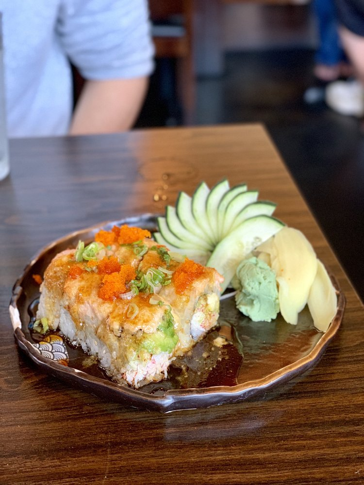 Sushiko: 6265 Commerce Blvd, Rohnert Park, CA
