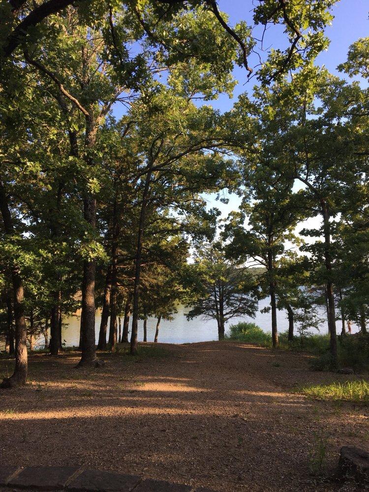 Chickasaw National Recreation Area: 901 W 1st St, Sulphur, OK
