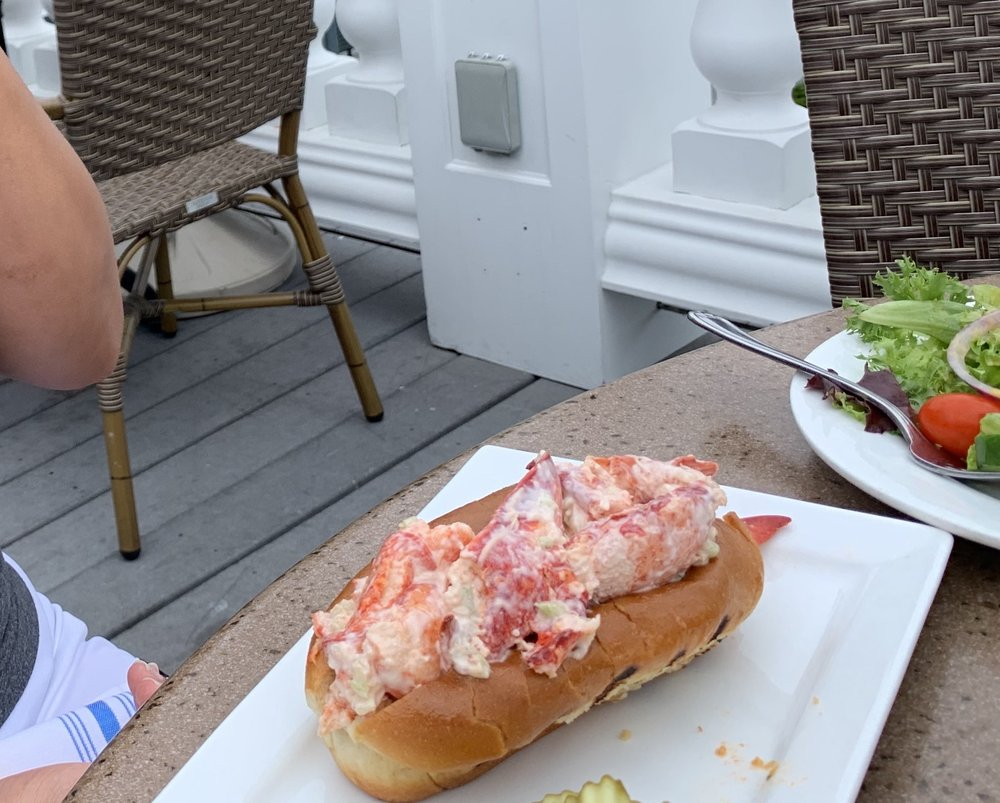 Seaport Grille: 6 Rowe Sq, Gloucester, MA