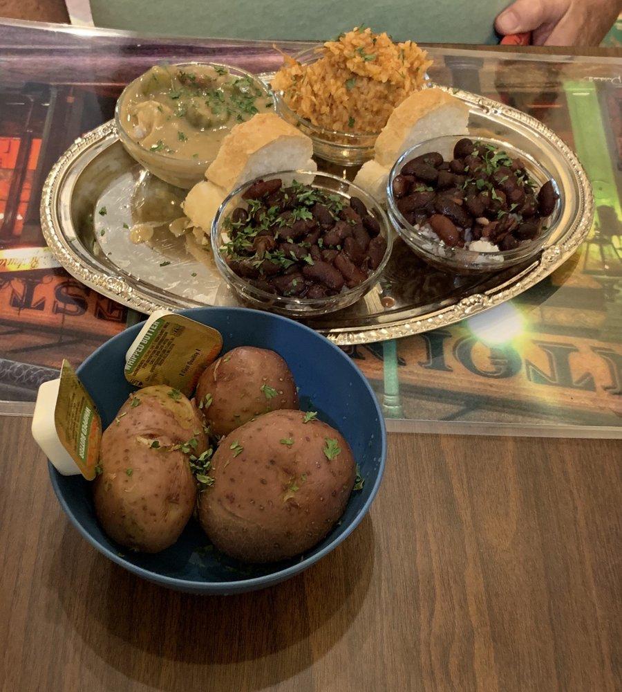 The Creole Girls Cafe: 14 Center St, Eureka Springs, AR