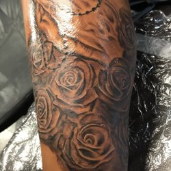 Vibes Tattoo Studio - 15 Photos - Piercing - 4562 Griggs Rd, Old ...