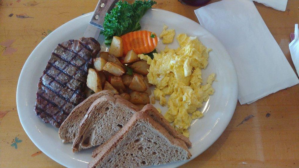 Lu & Joe's Restaurant & Lounge: 1024 Ridge Rd, Mount Airy, MD