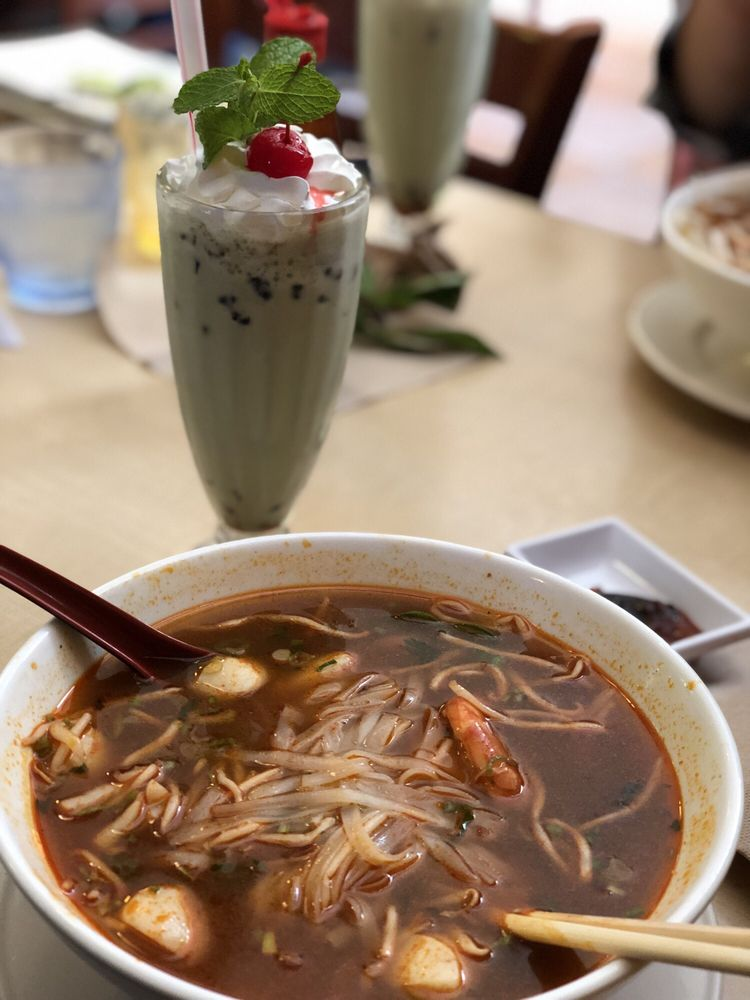 Simmering Pho Cafe