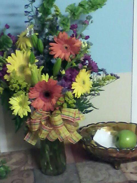 From The Heart Florist: 304 Main St, Bayboro, NC