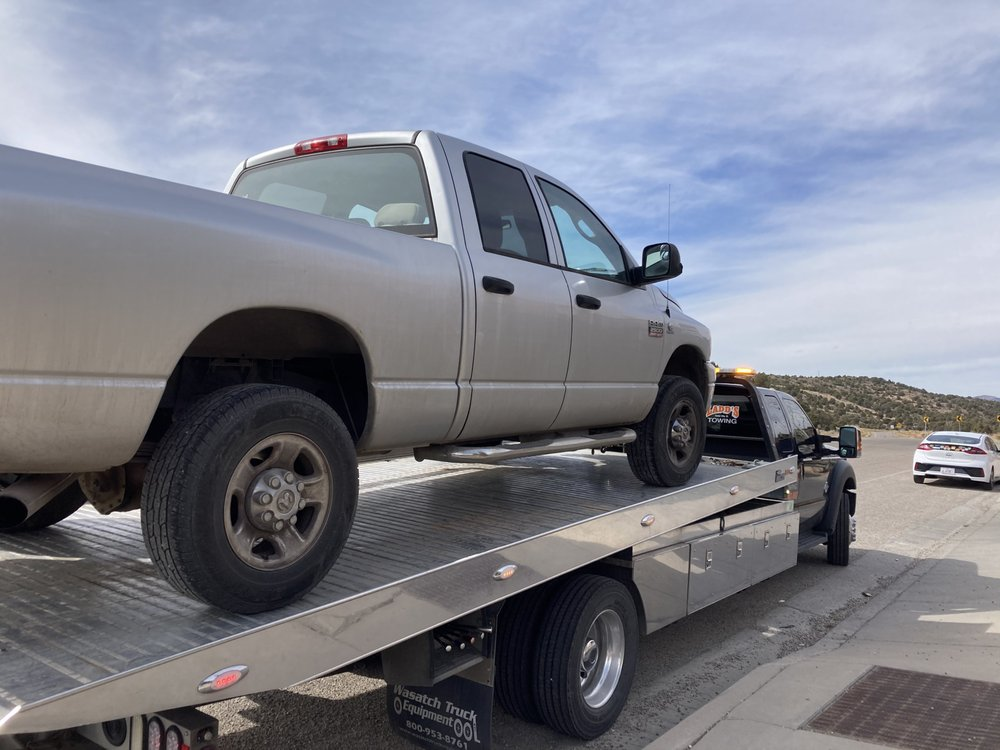Ladd's Towing: 1100 N Main St, Cedar City, UT