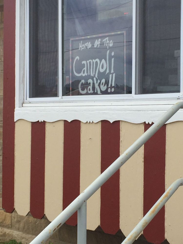 Special T Cakes & Desserts: 870 Long Pond Rd, Rochester, NY