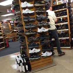the shoe box 13 foto s 42 reviews schoenenwinkels